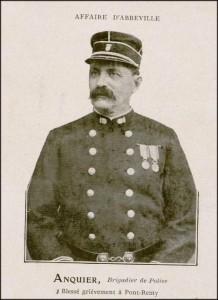 le brigadier Anquier, héros de carte postale