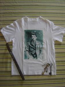 le t-shirt et ses accessoires