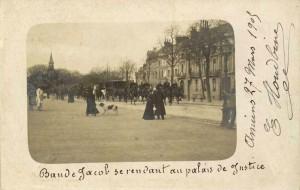 Procès d\'Amiens : transfert de la \