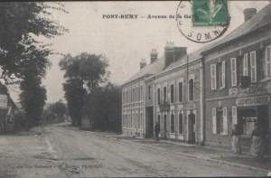 en face de la gare de Pont Rémy, l\'auberge où se restaurèrent Bour, Pélissard et Jacob