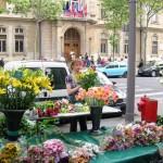 les fleurs et la marchande