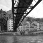 sous-les-ponts-en-noir-et-blanc-6143